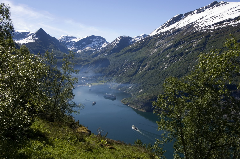 Uitzicht over Geirangerfjord